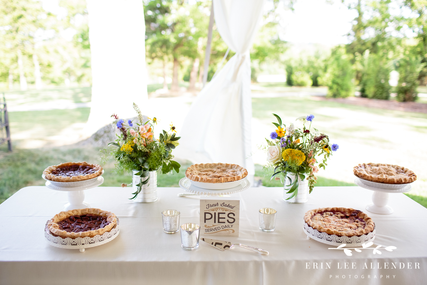 Wedding_Pie_Table