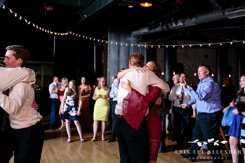 Bride_Sister_Hugging