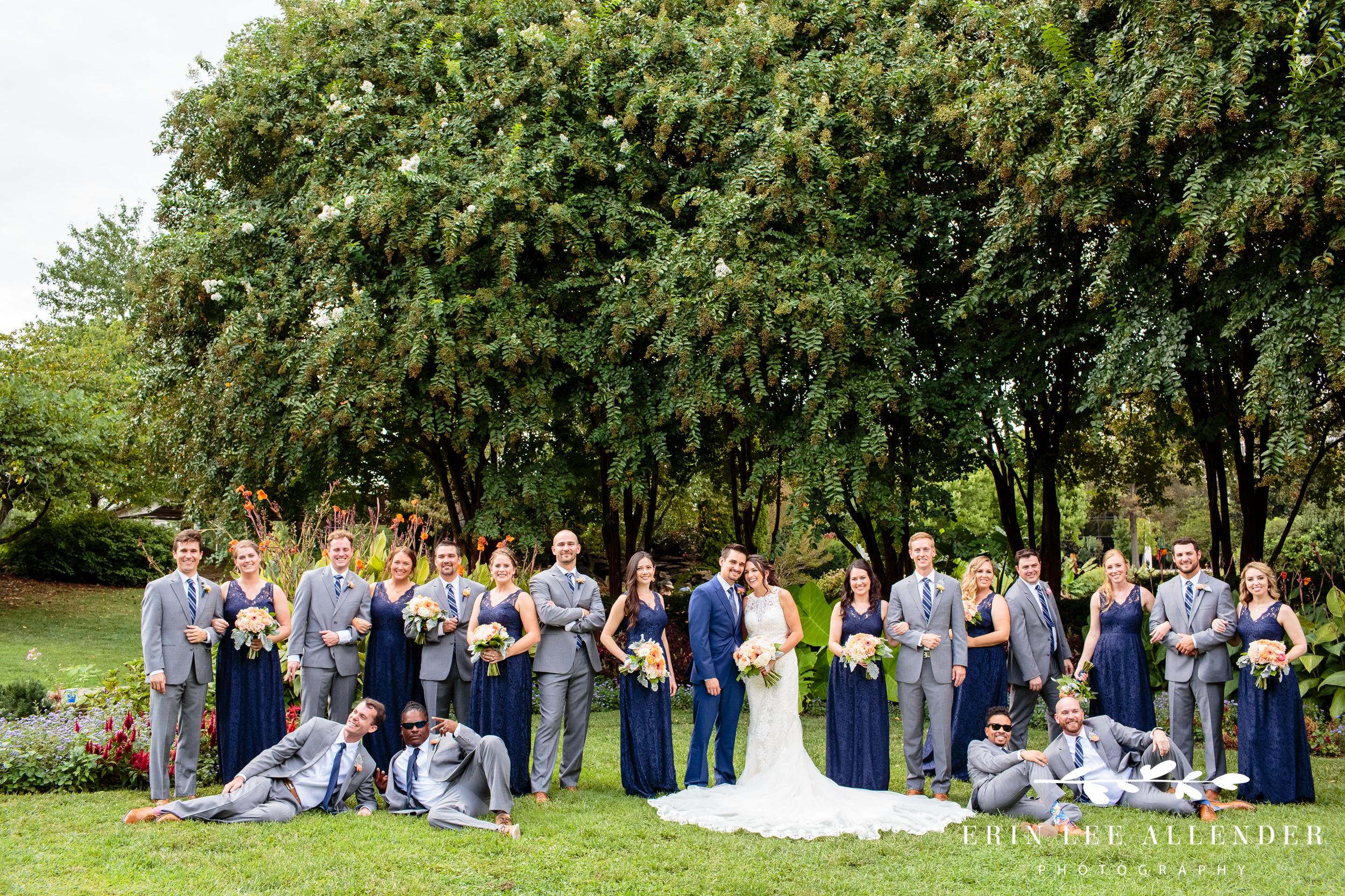Fun-wedding-party-photograph