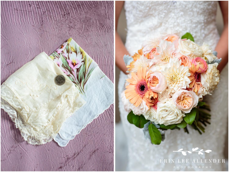 coral-wedding-bouquet