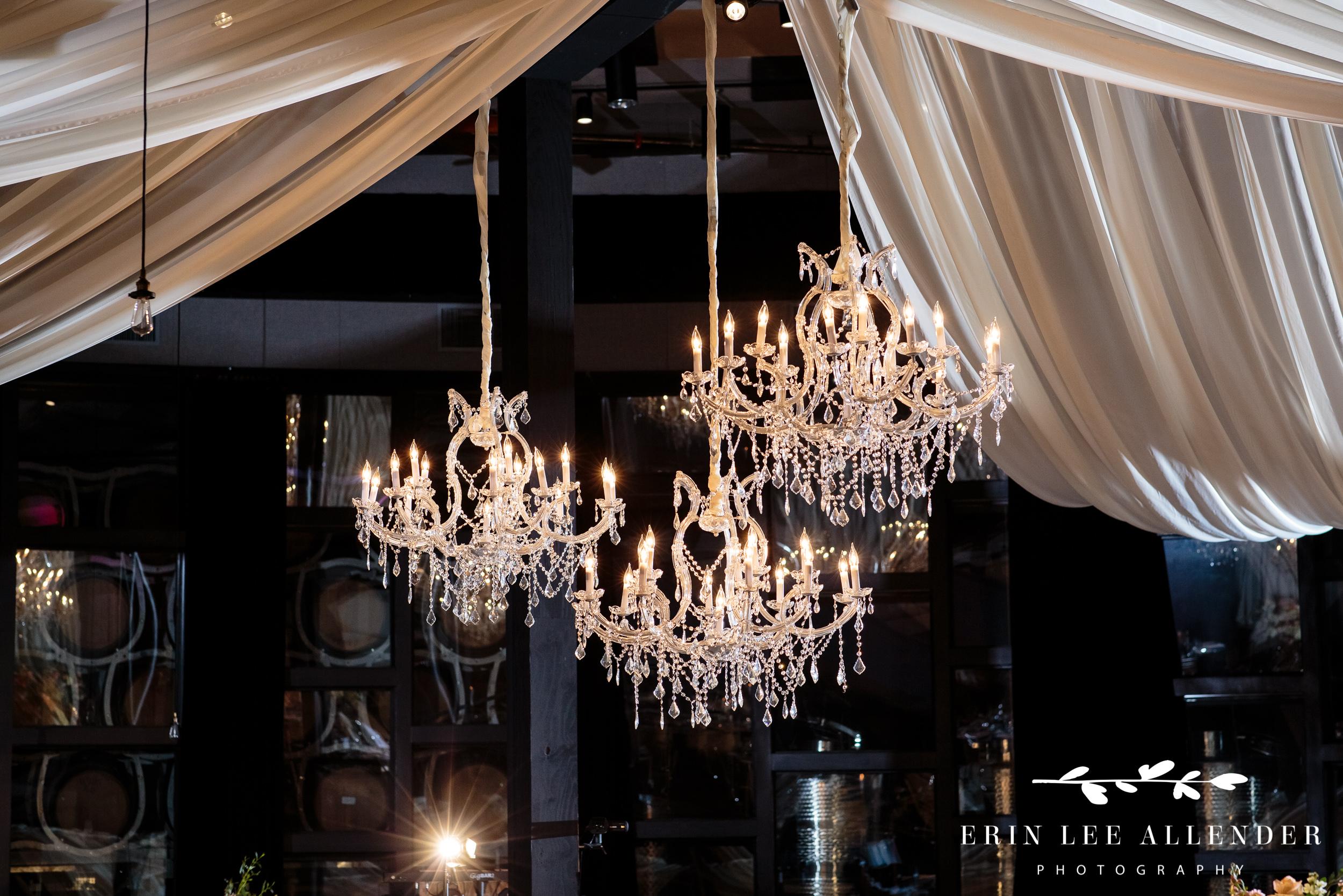 Chandeliers-wedding-reception
