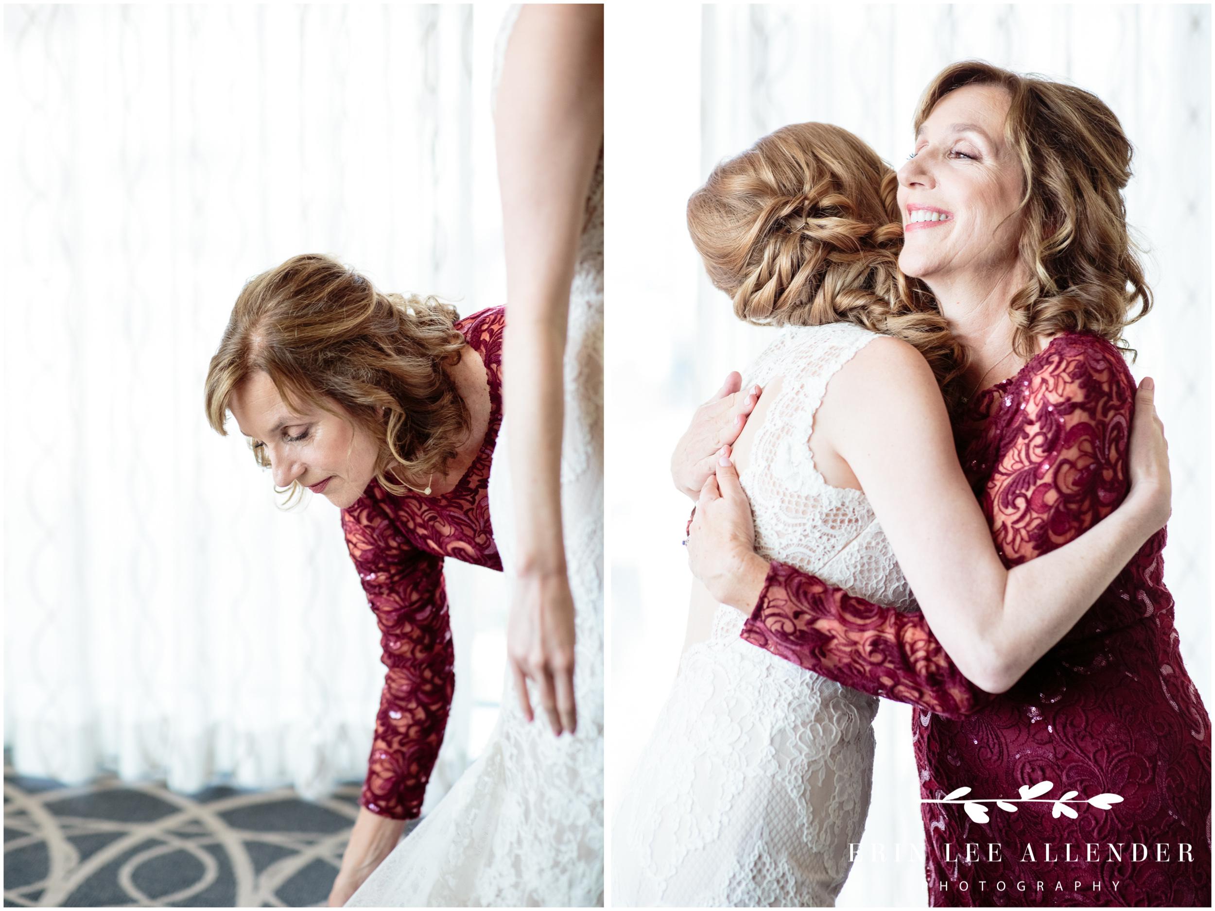 mom-hugging-bride