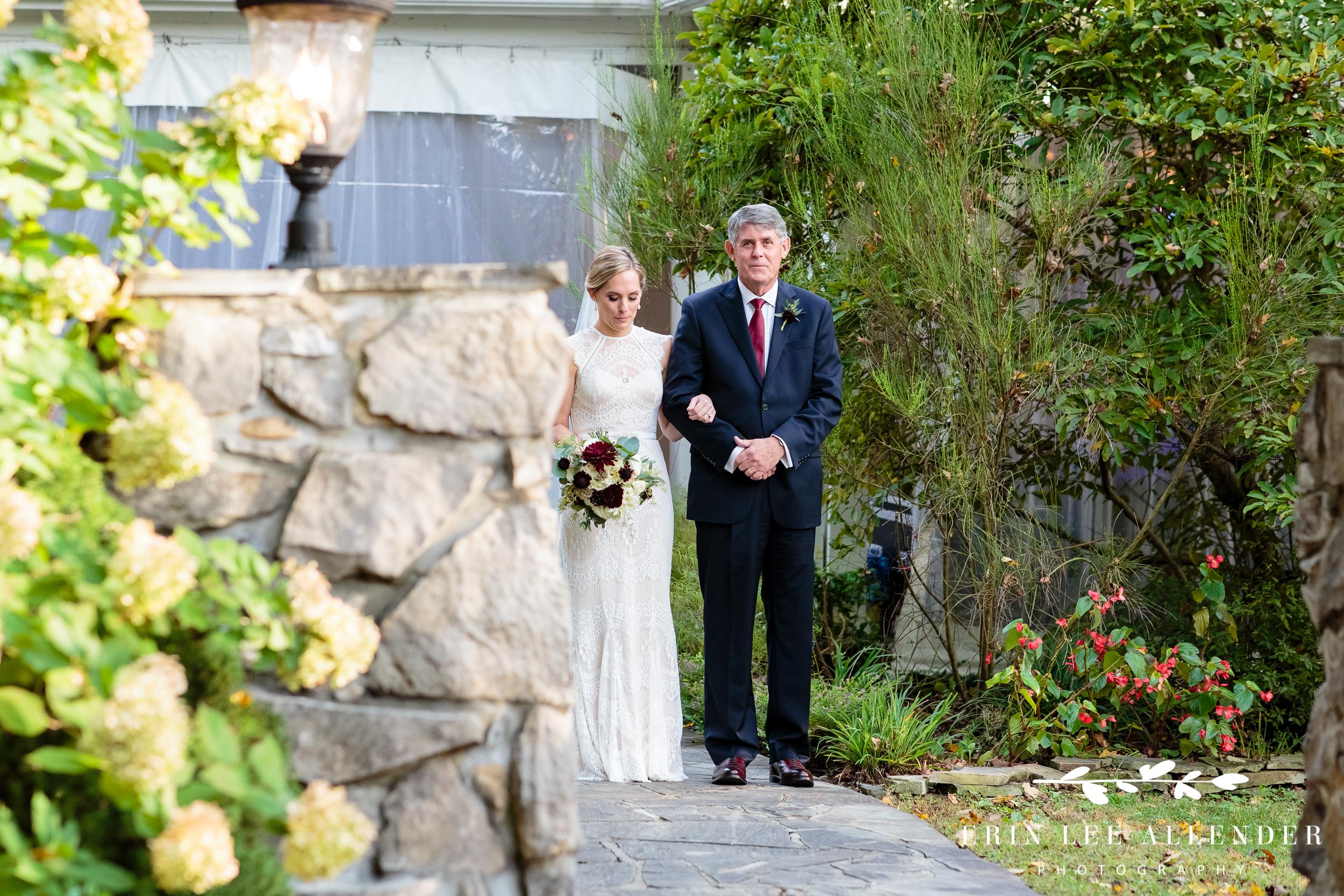 Bride-preparing-to-walk-down-aisle