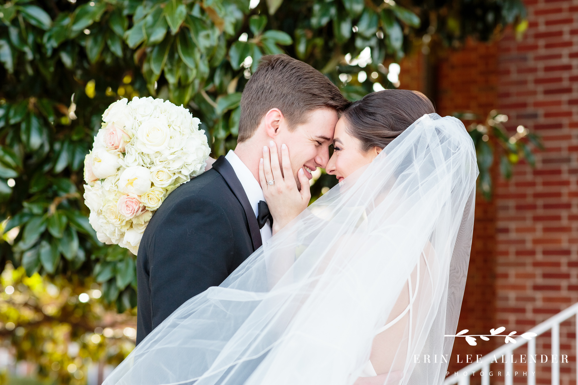Bride-goom-under-veil
