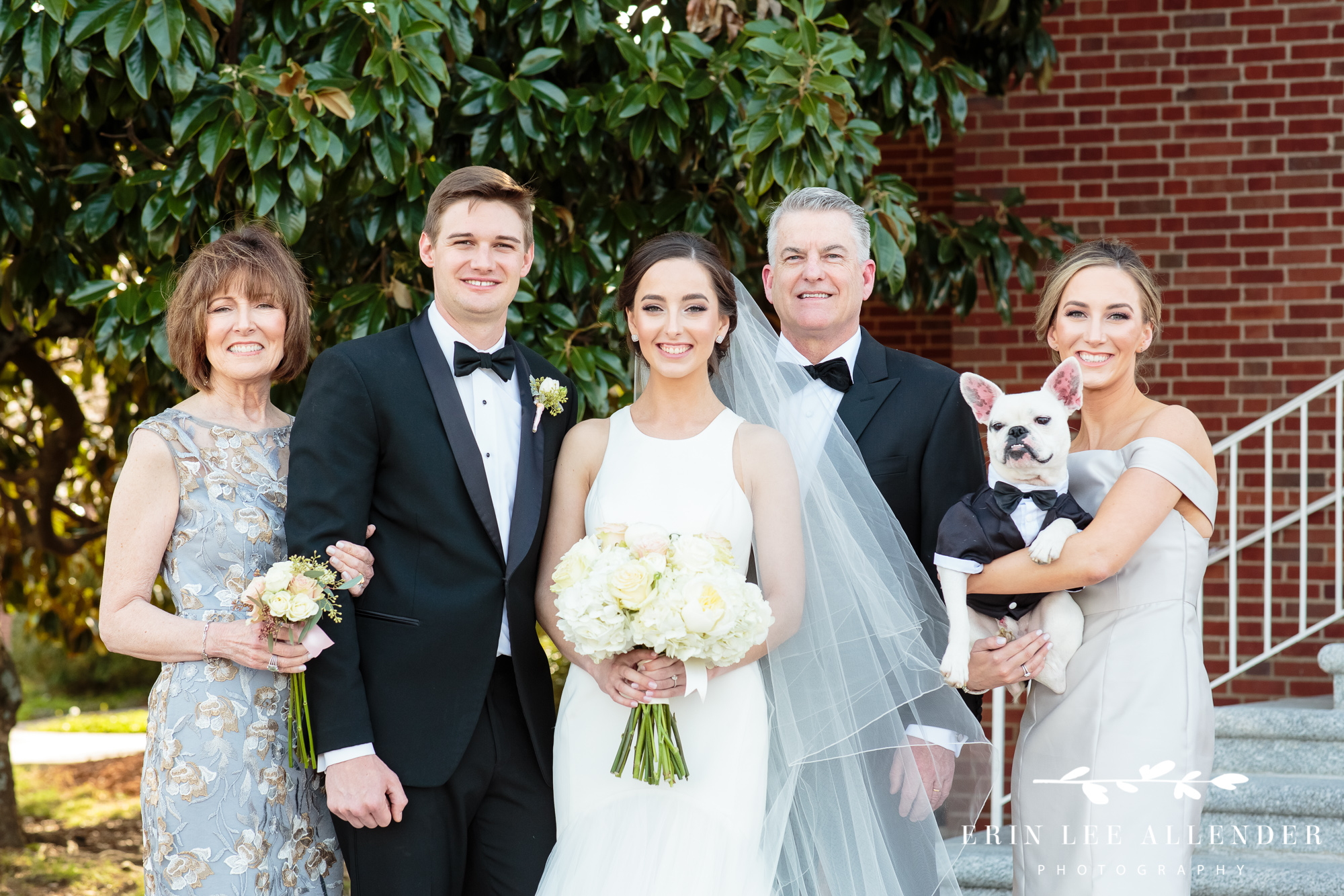 Wedding_Photo_With_Dog