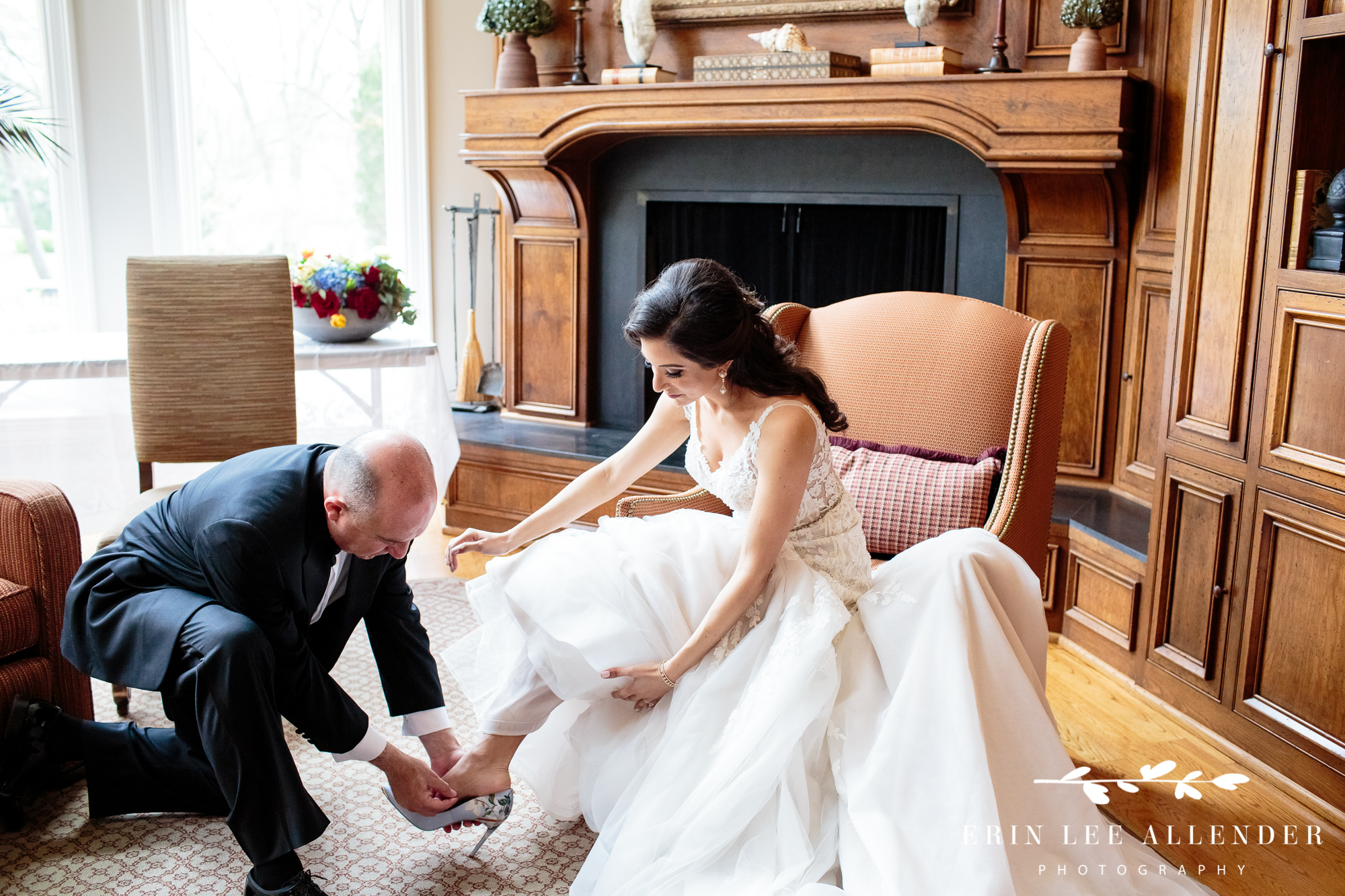 dad-helping-bride-with-shoe