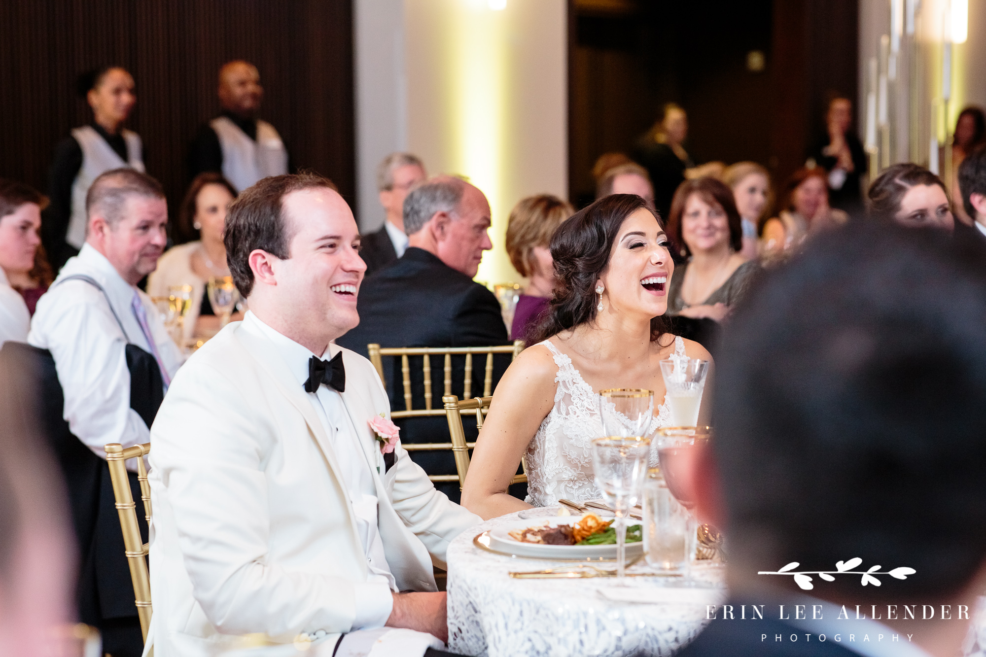 bride-laughs-at-toast