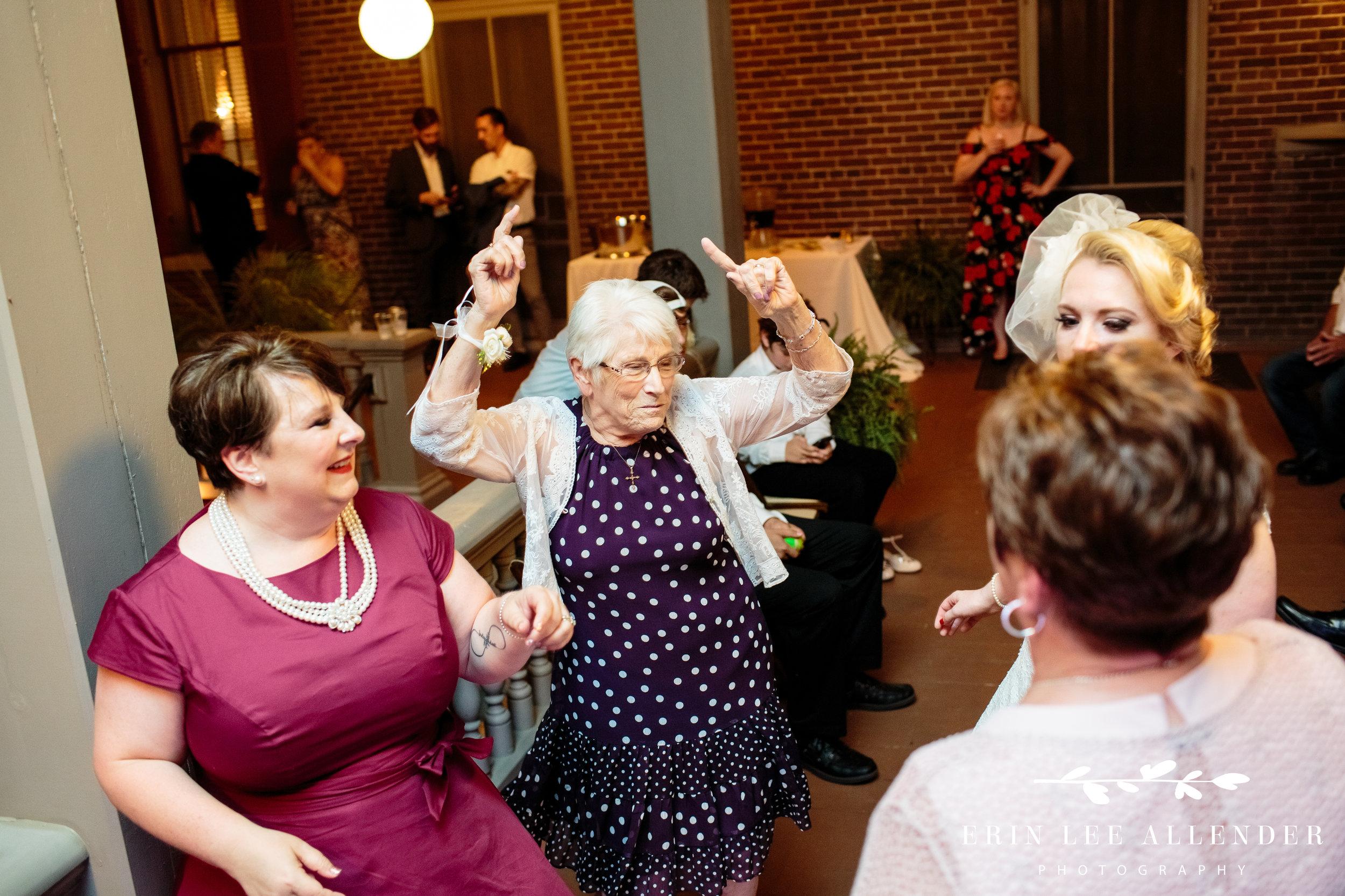 grandma-dancing