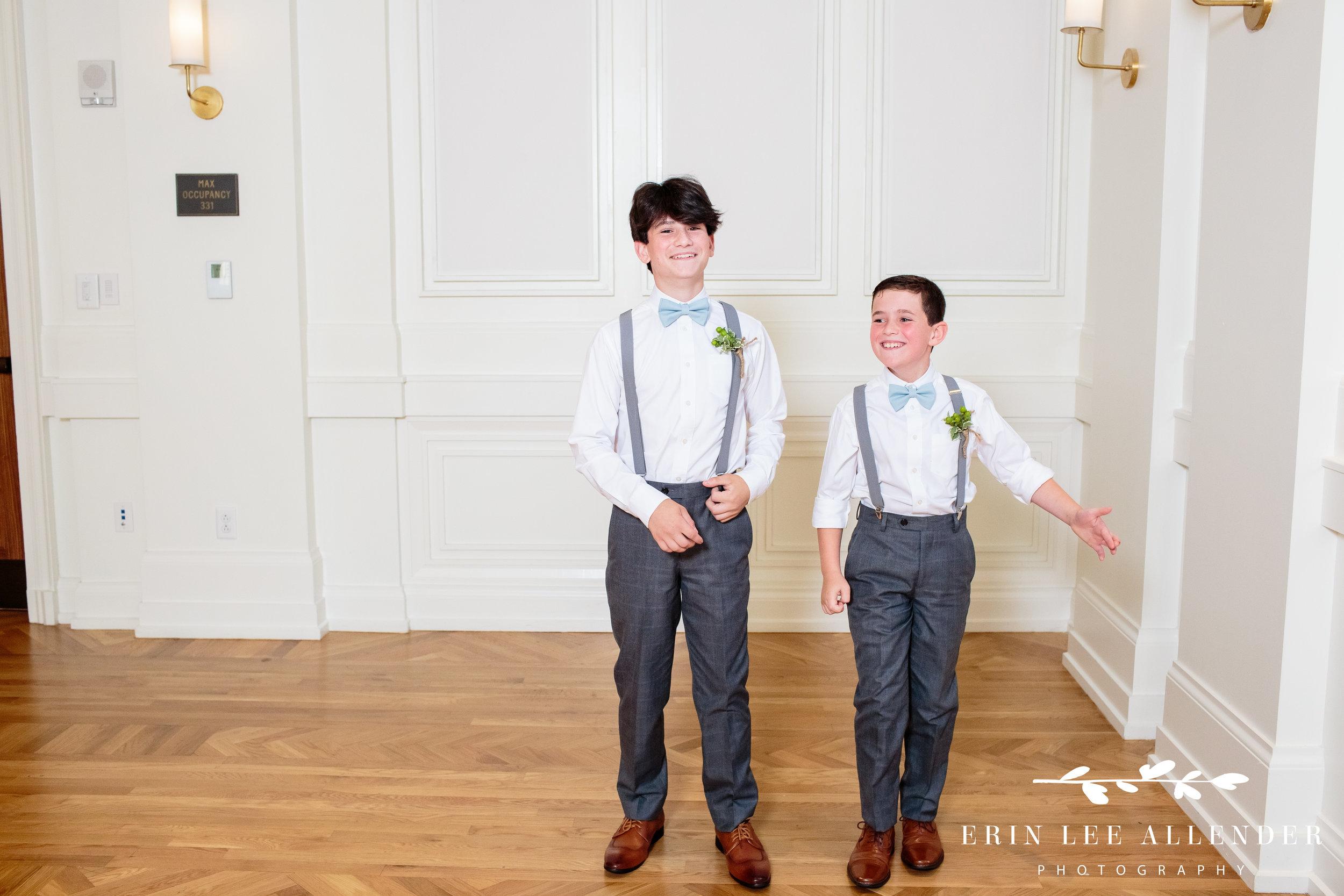 groom's-sons