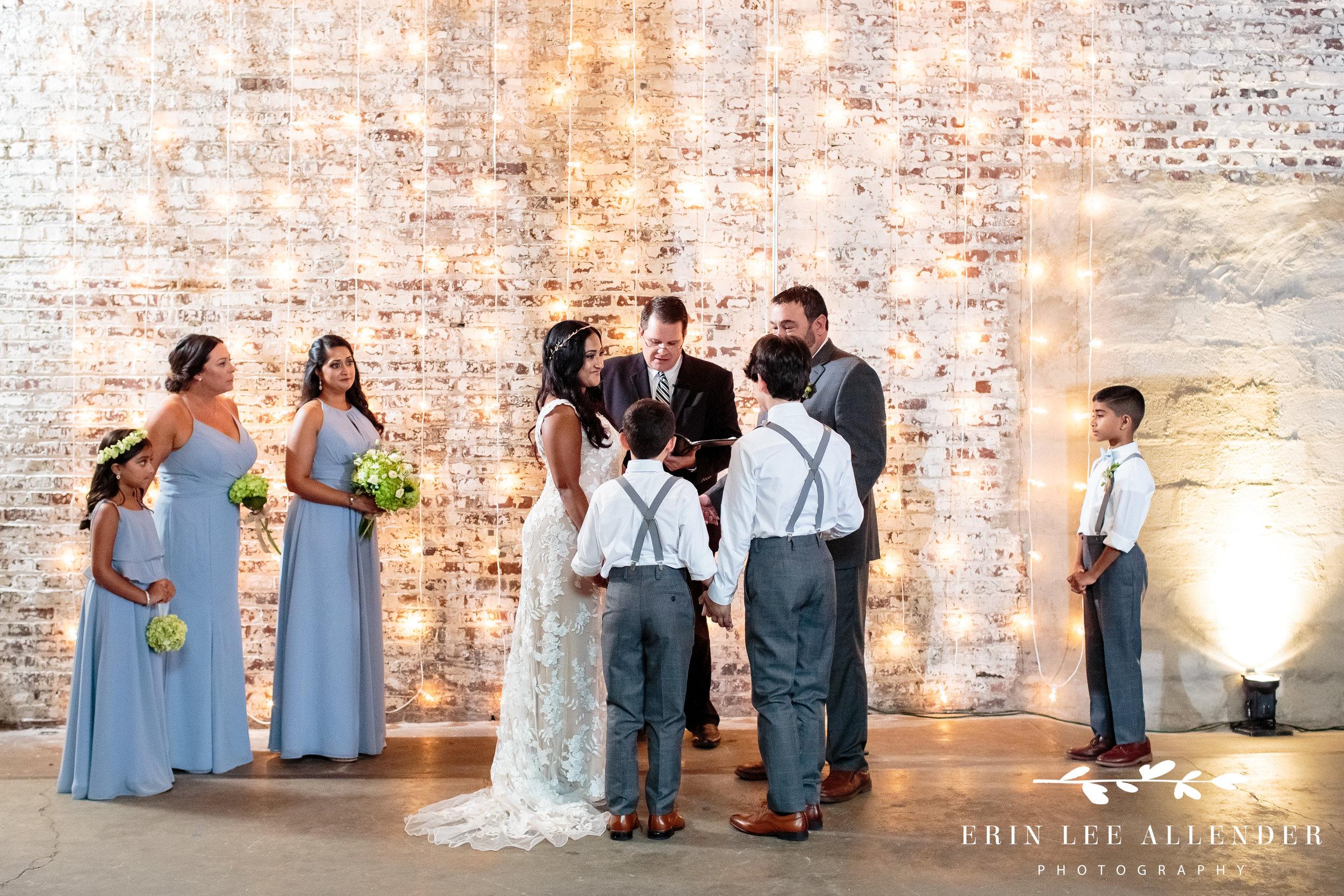 family-pledge-wedding-ceremony