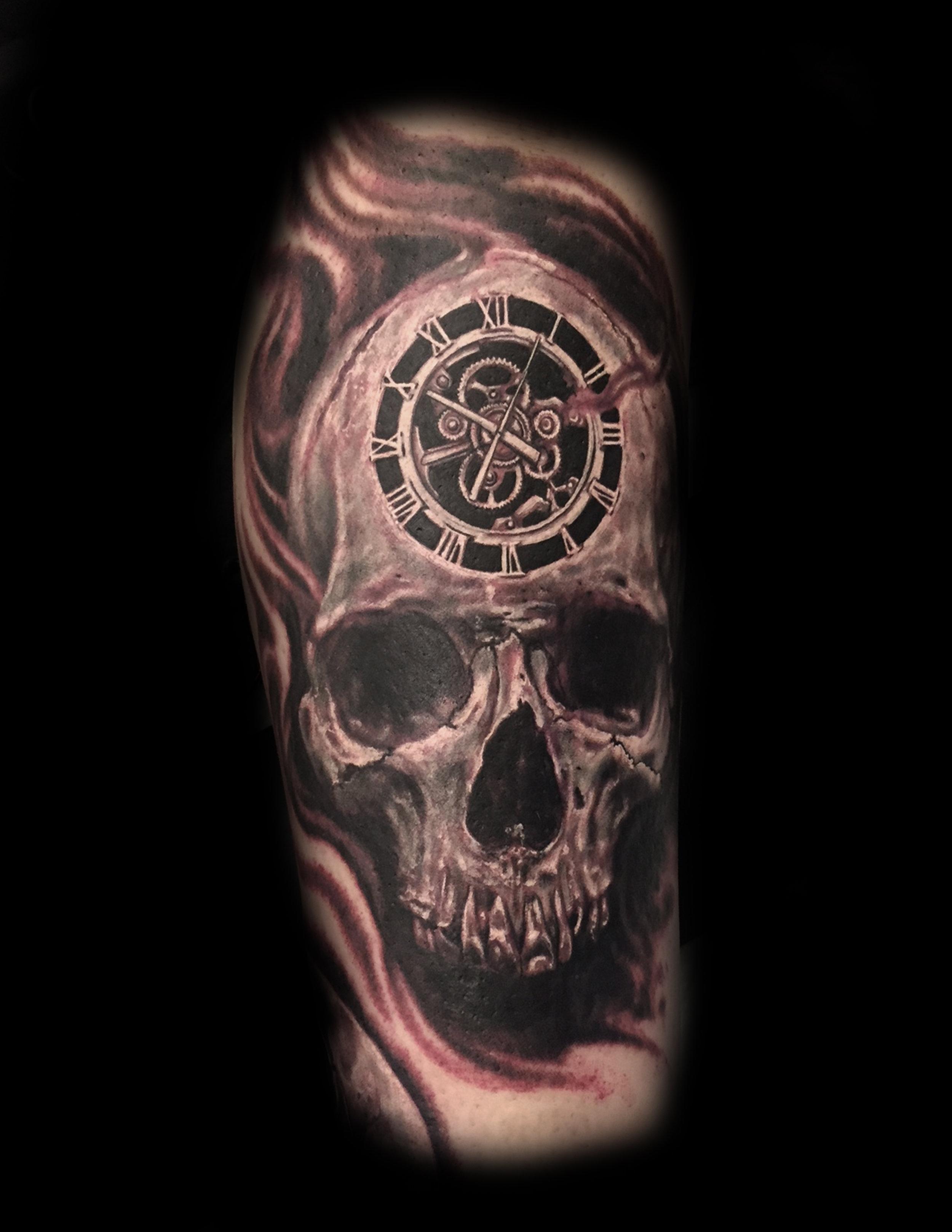 skull clock.jpg