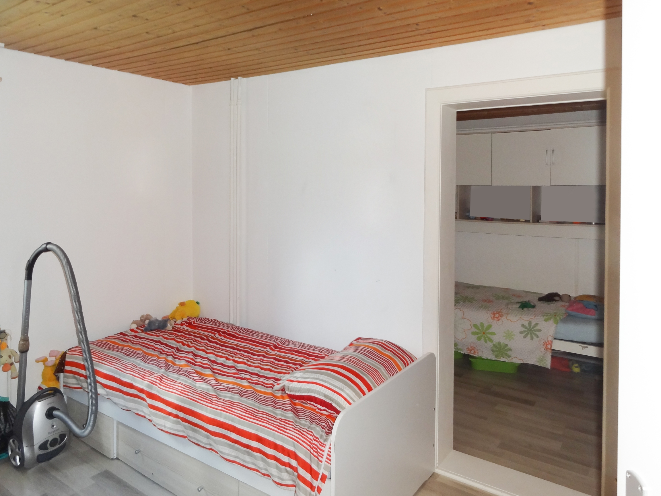 Kinderzimmer 2_resized_20190515_095810247.jpg