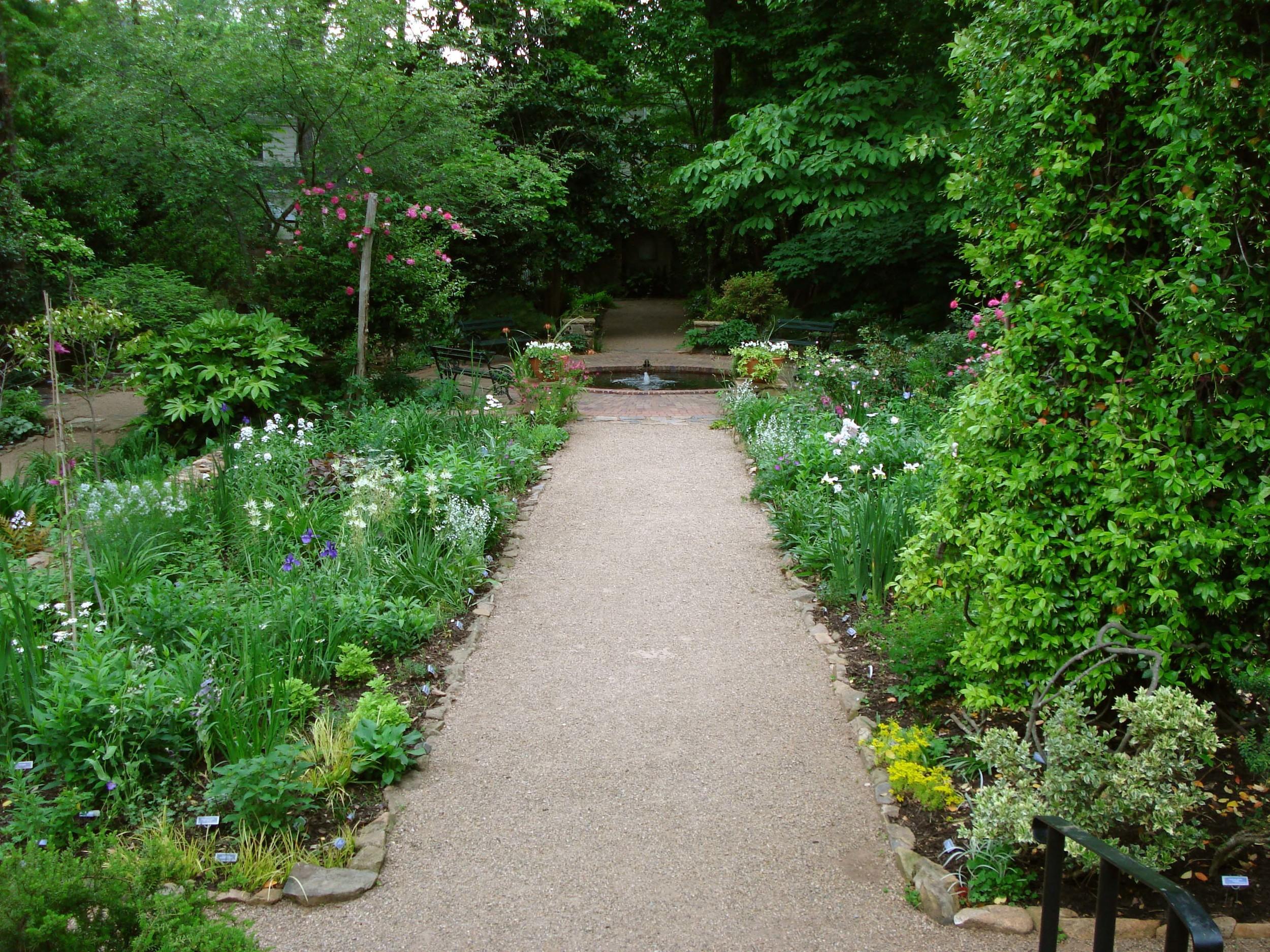 EL_Garden_3.jpg