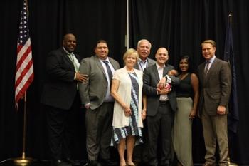 Pictured From Right to Left: Edgar Wright -UFIA Chair, Lee Davis, Debbie Davis, Jim Davis, CJ Davis, Jani Davis, Dave Davis - UFIA C.E.O.