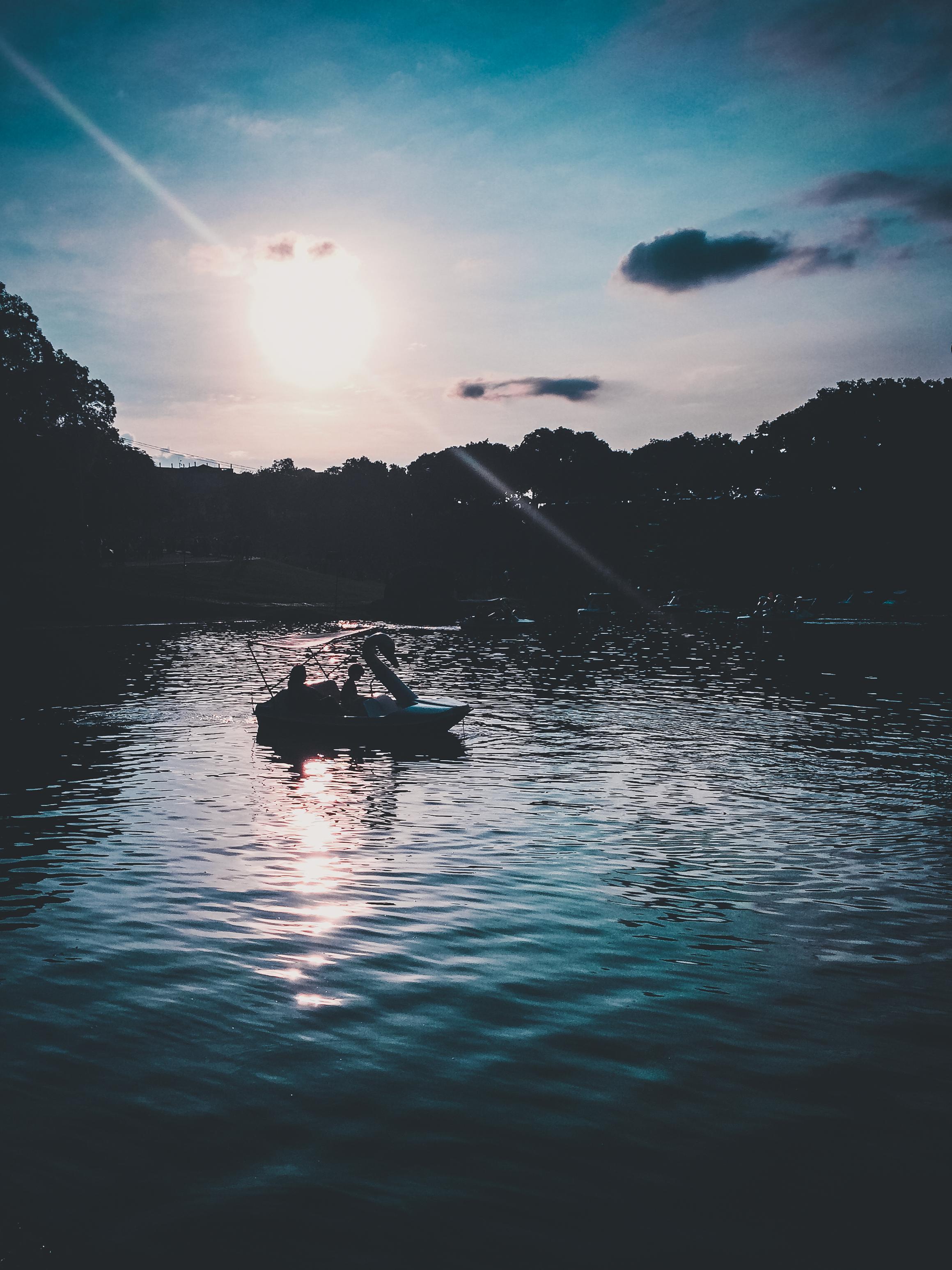 / Sunset blue