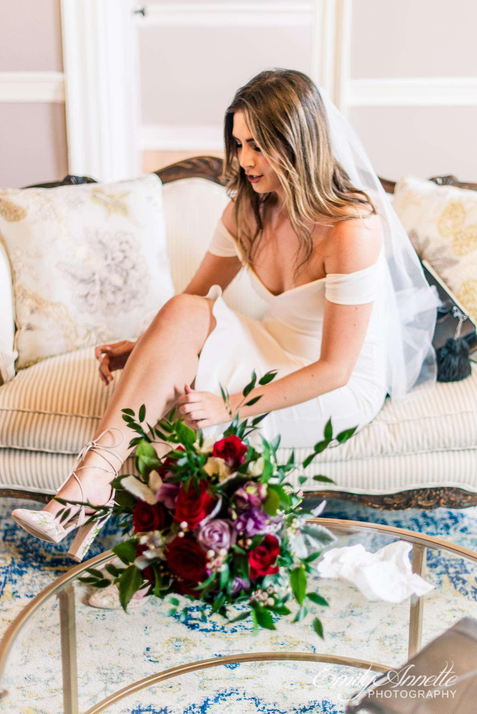 A bride getting ready in the bridal suite for her wedding at Fleetwood Farm Winery in Leesburg, Virginia
