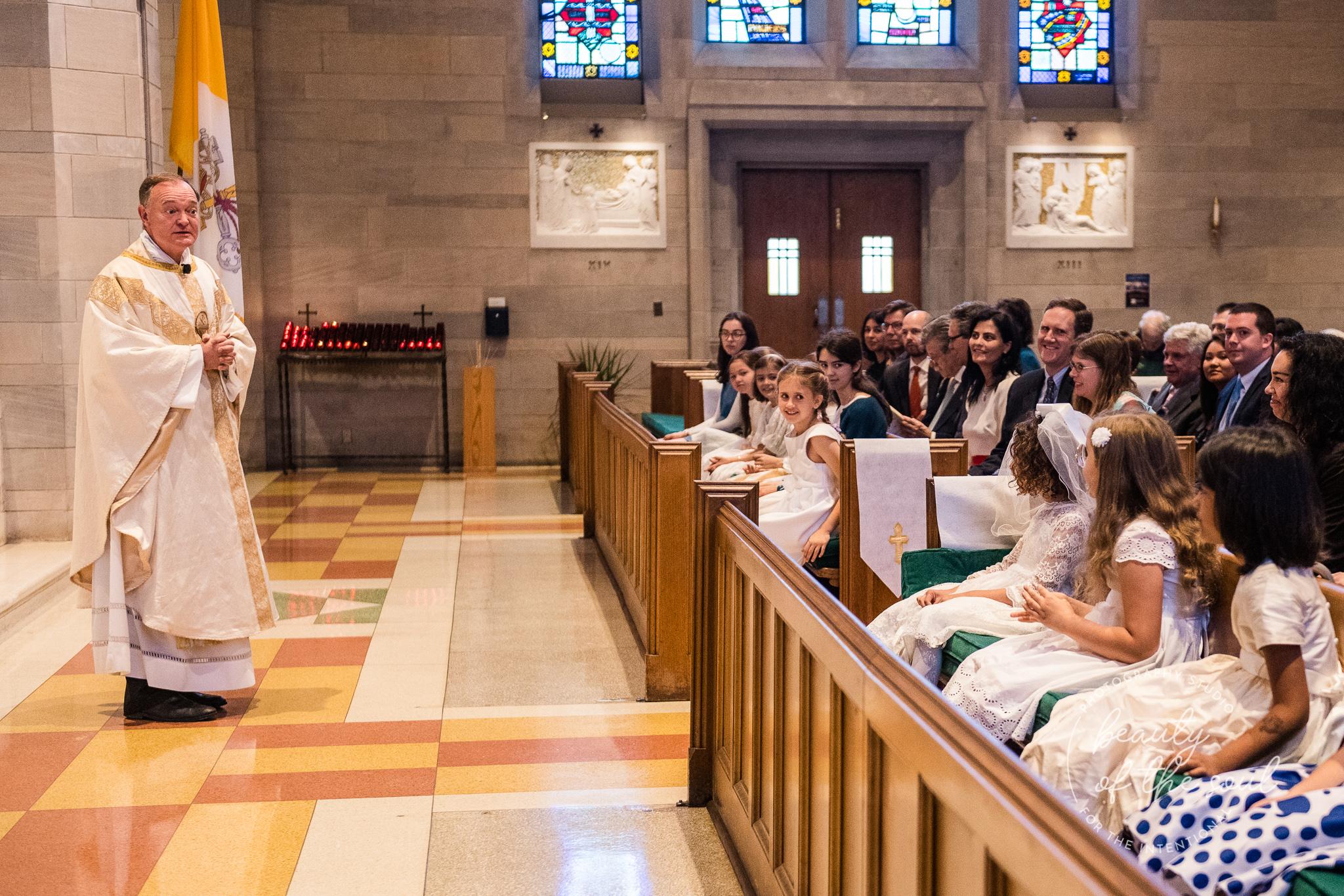 washington-dc-st-ann-catholic-church-first-holy-communion-beauty-of-the-soul-studio-may-2019-08.jpg