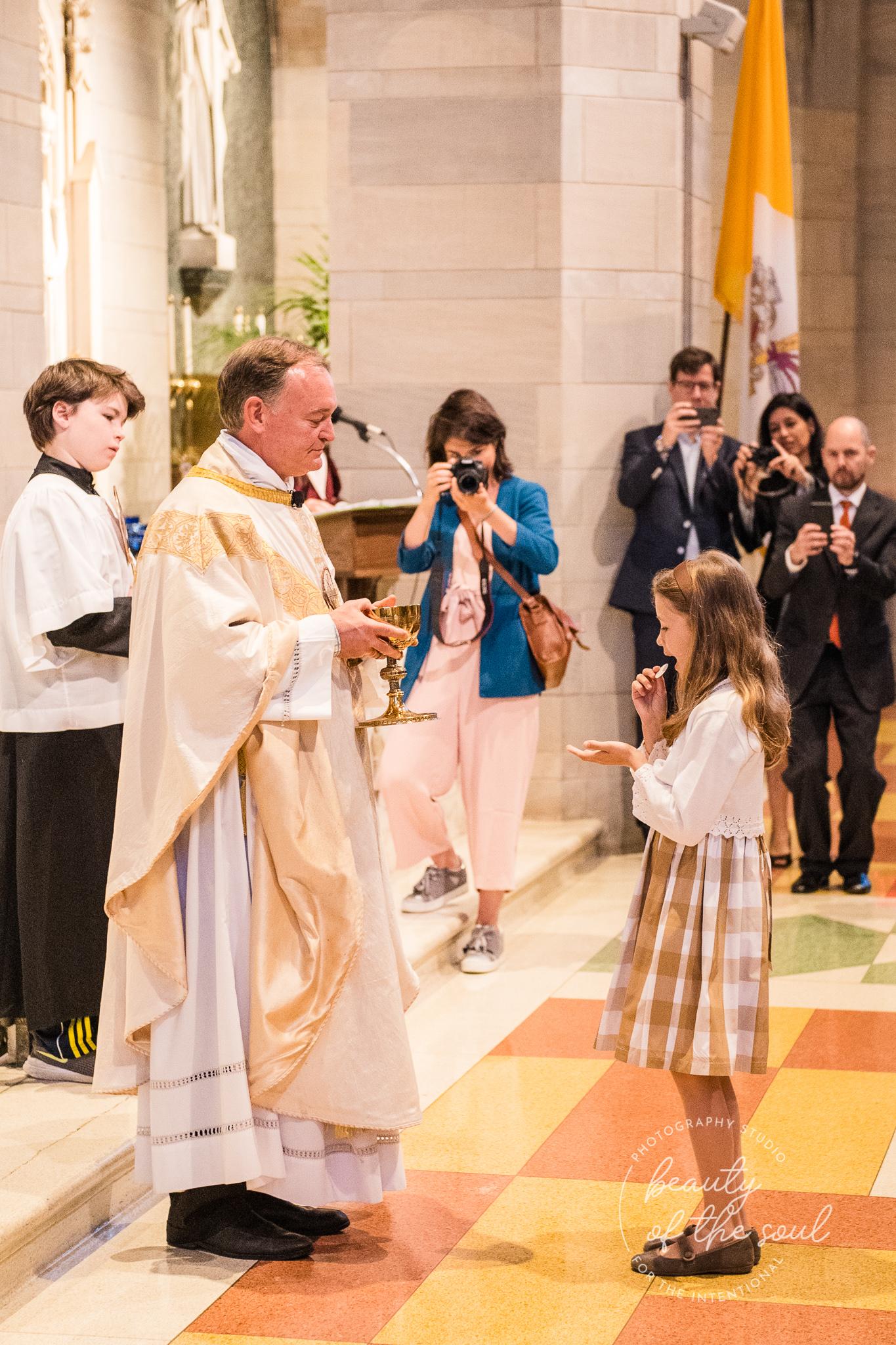 washington-dc-st-ann-catholic-church-first-holy-communion-beauty-of-the-soul-studio-may-2019-17.jpg