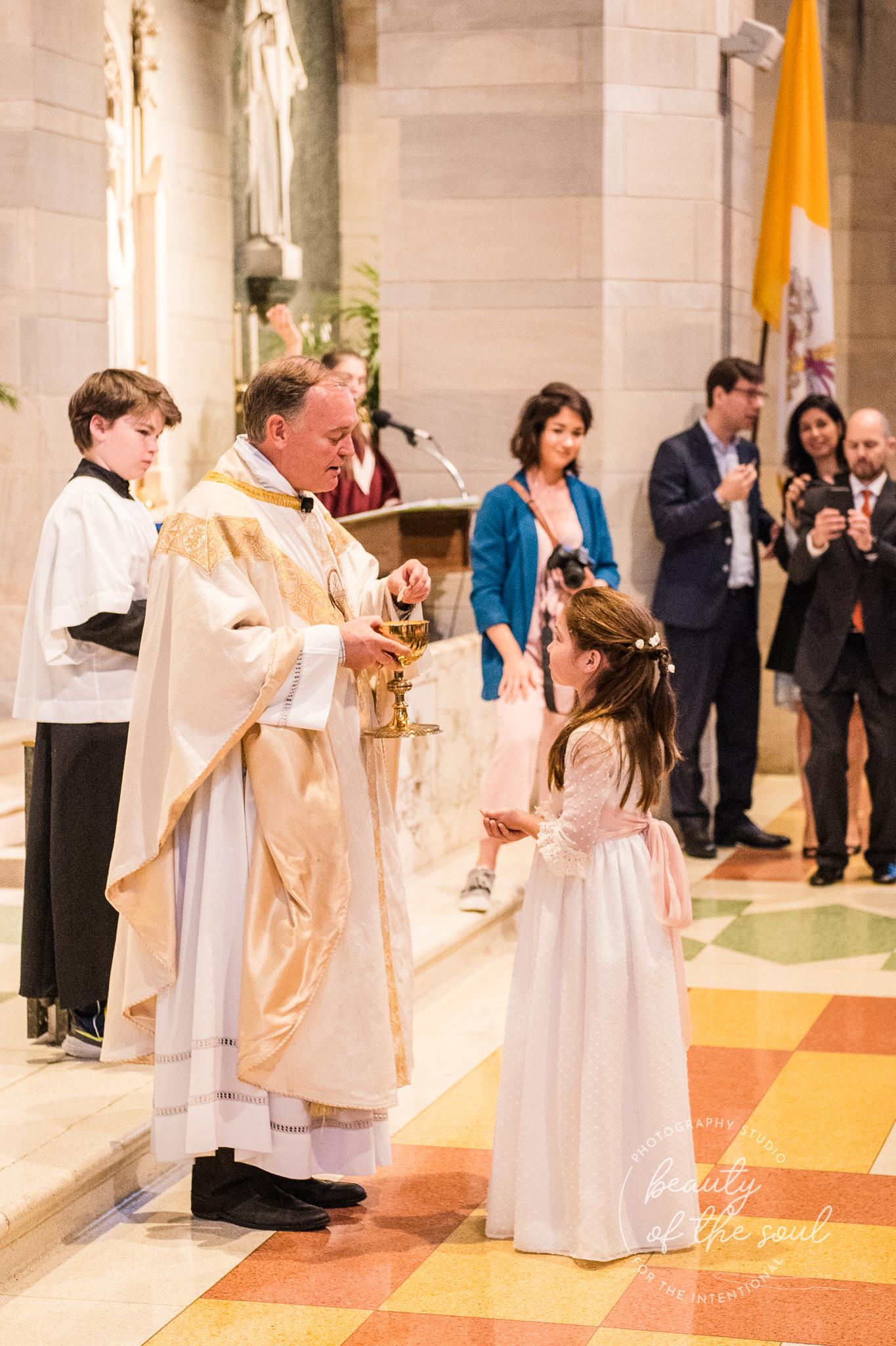 washington-dc-st-ann-catholic-church-first-holy-communion-beauty-of-the-soul-studio-may-2019-20.jpg