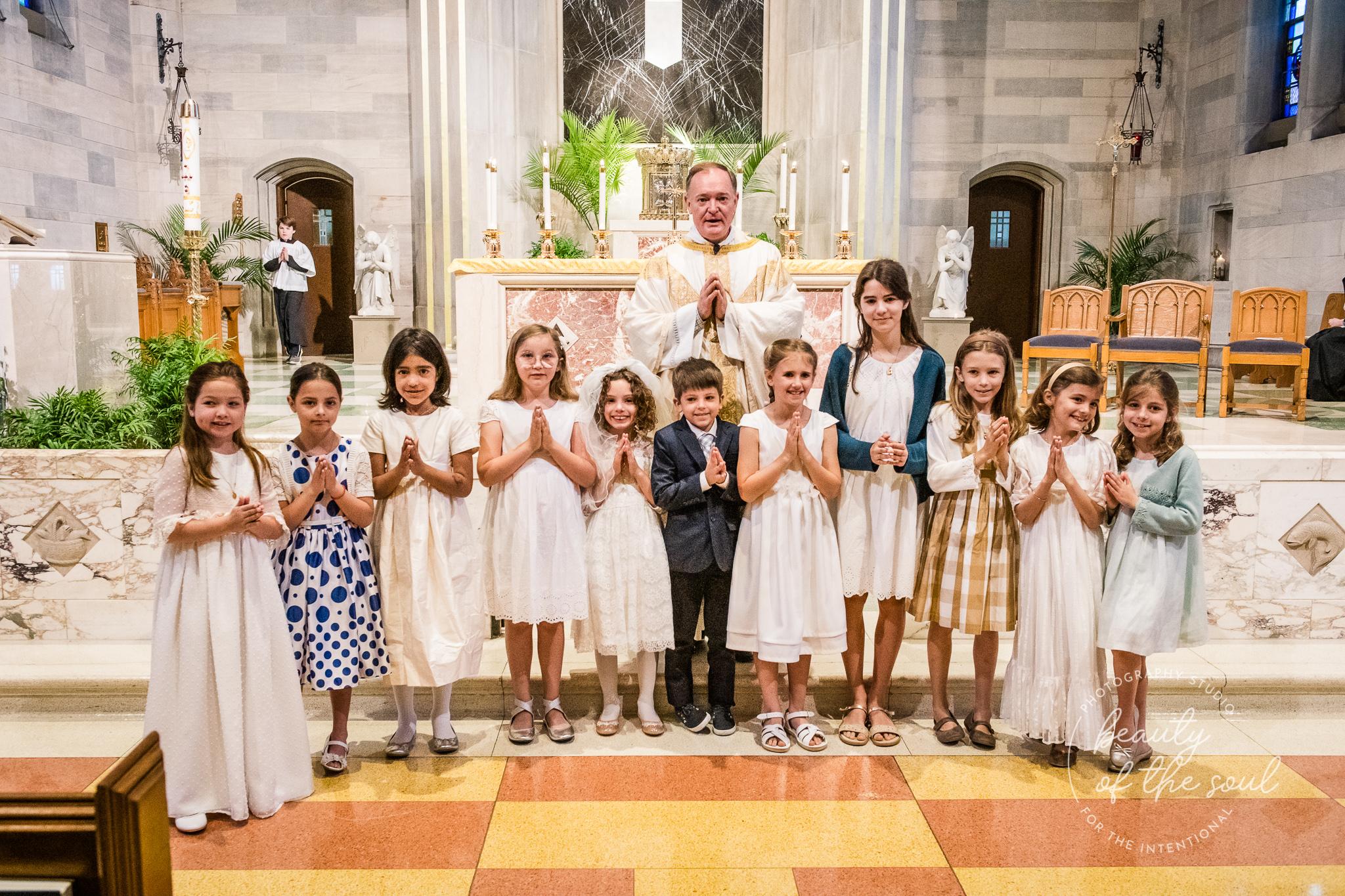 washington-dc-st-ann-catholic-church-first-holy-communion-beauty-of-the-soul-studio-may-2019-22.jpg