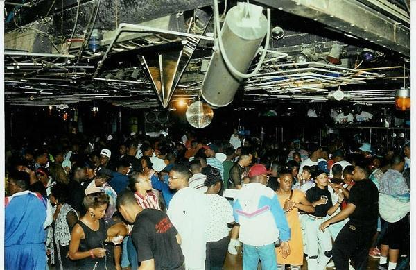 Club Zanzibar-Ace Mungin