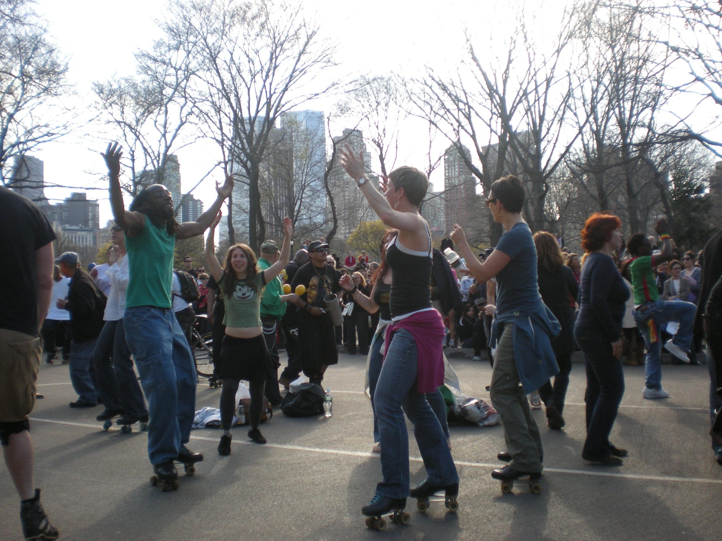 Central Park Skaters (81).JPG