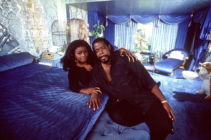 barry-white-at-home.jpg