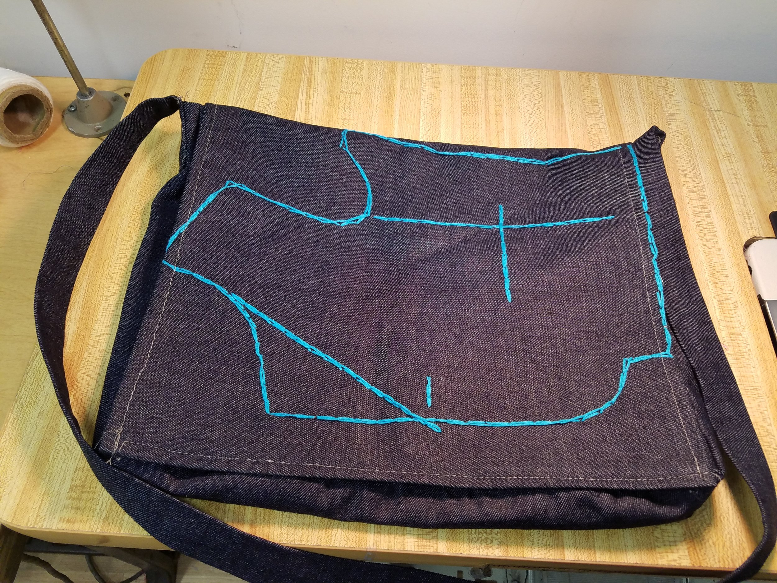 My end of semester project, a messenger bag, completed at Manhattanville Tailors Institute.