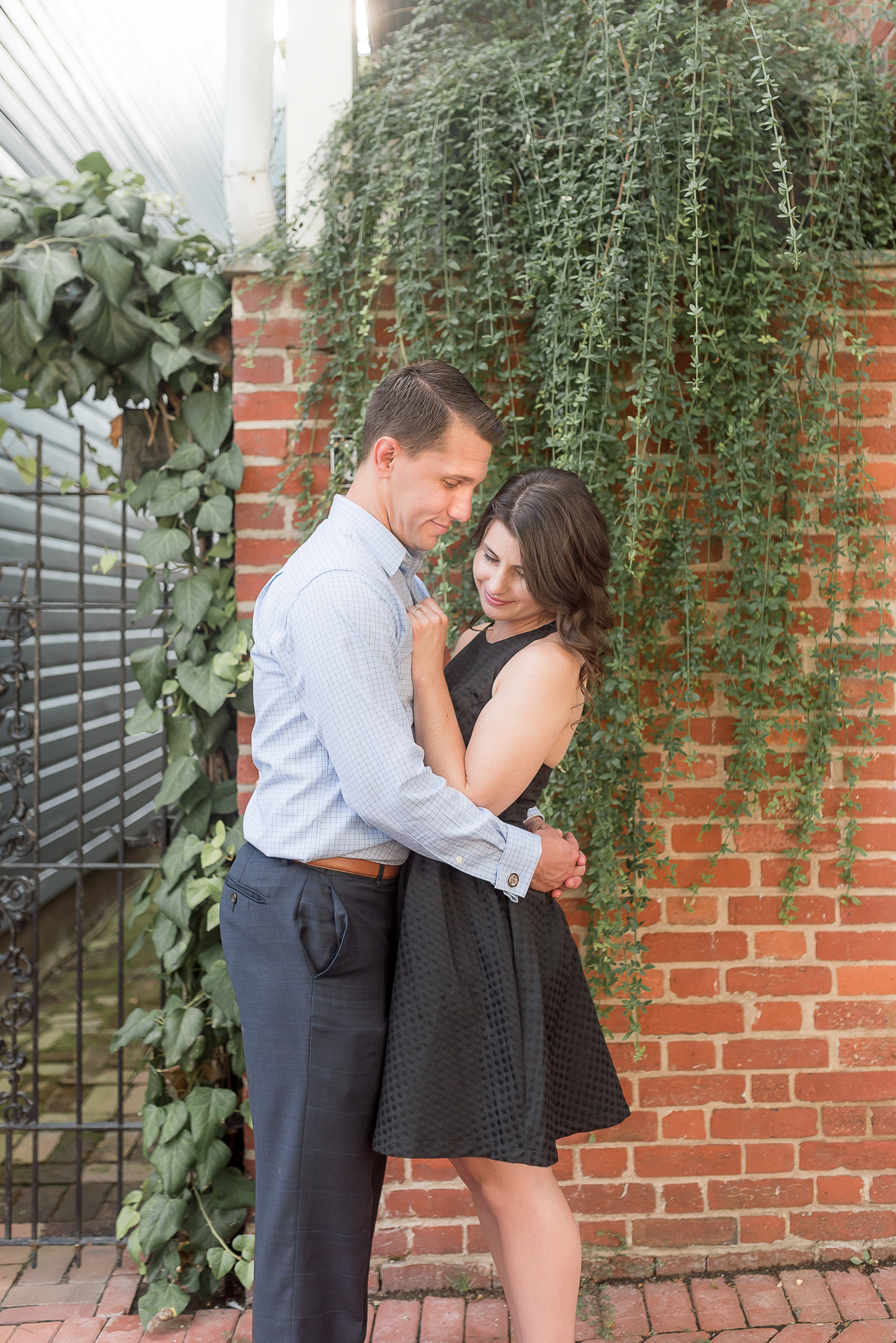 Old-Town-Alexandria-Engagement-Session-20.jpg