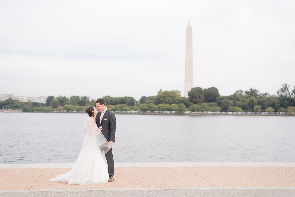 DC-Jefferson-Memorial-Wedding