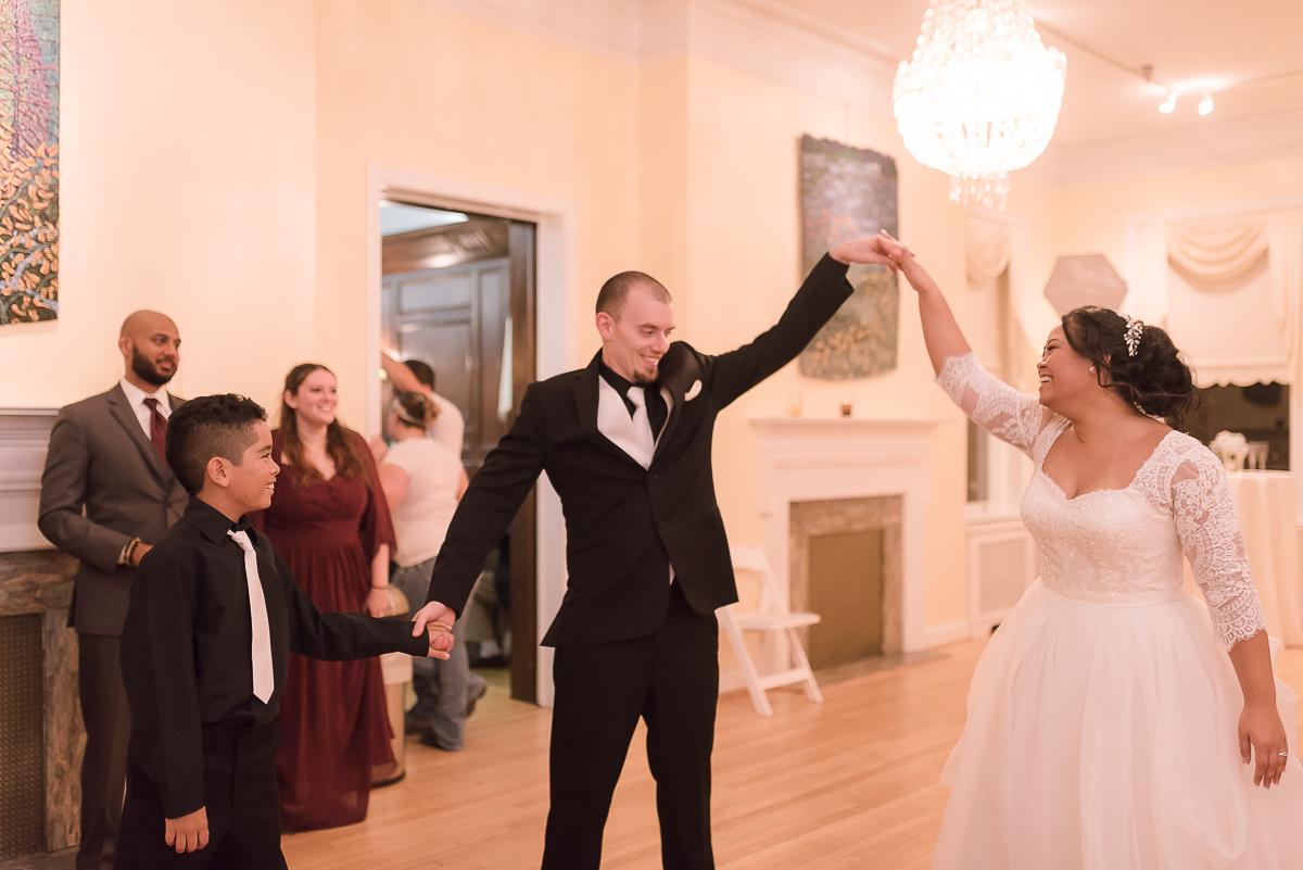 Maryland-Kentlands-Mansion-Wedding-Bride-Groom-53.jpg