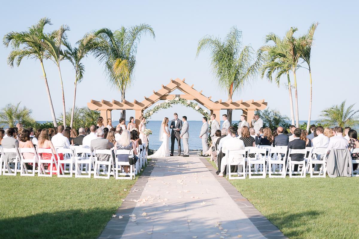 MD-Herrington-on-the-Bay-Wedding-Bridal-Portrait-13.jpg