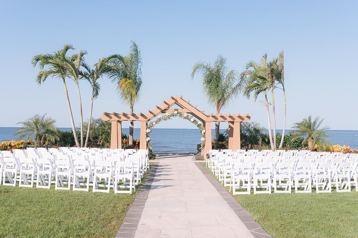 MD-Herrington-on-the-Bay-Wedding-Bridal-Portrait-9.jpg