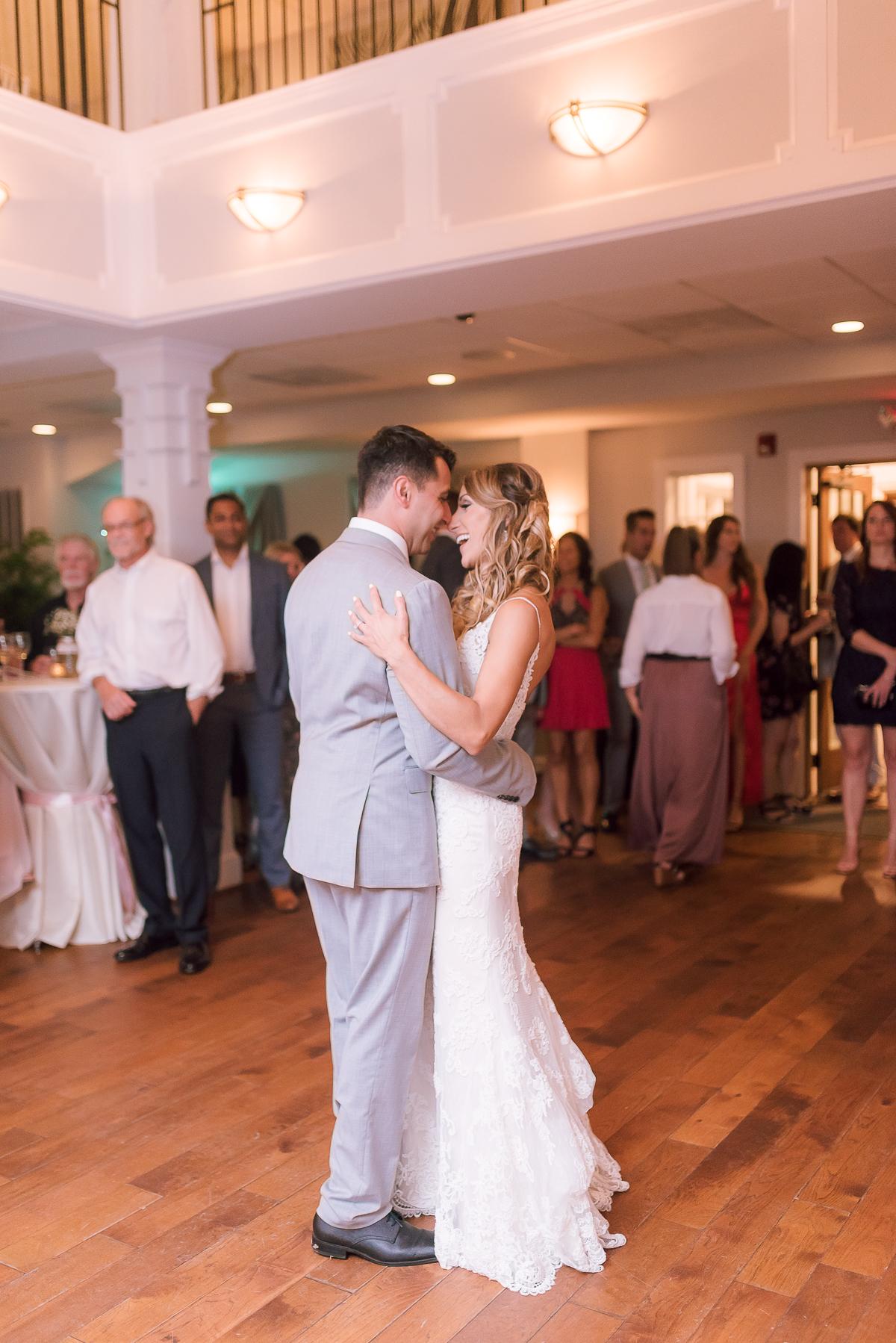 MD-Herrington-on-the-Bay-Wedding-Bridal-Portrait-41.jpg