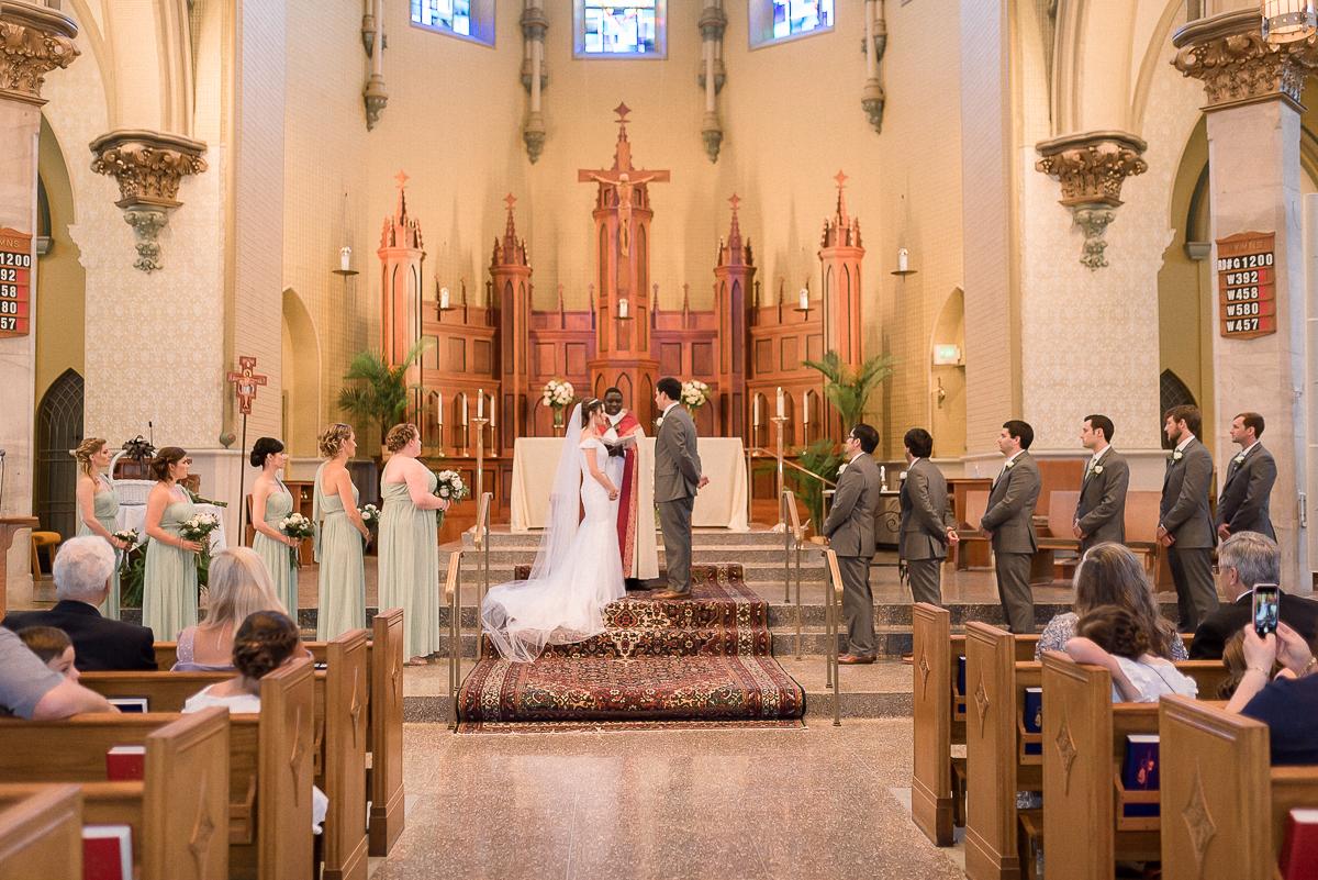 MD-Baltimore-Wedding-Accelerator-Space-Greenery-19.jpg