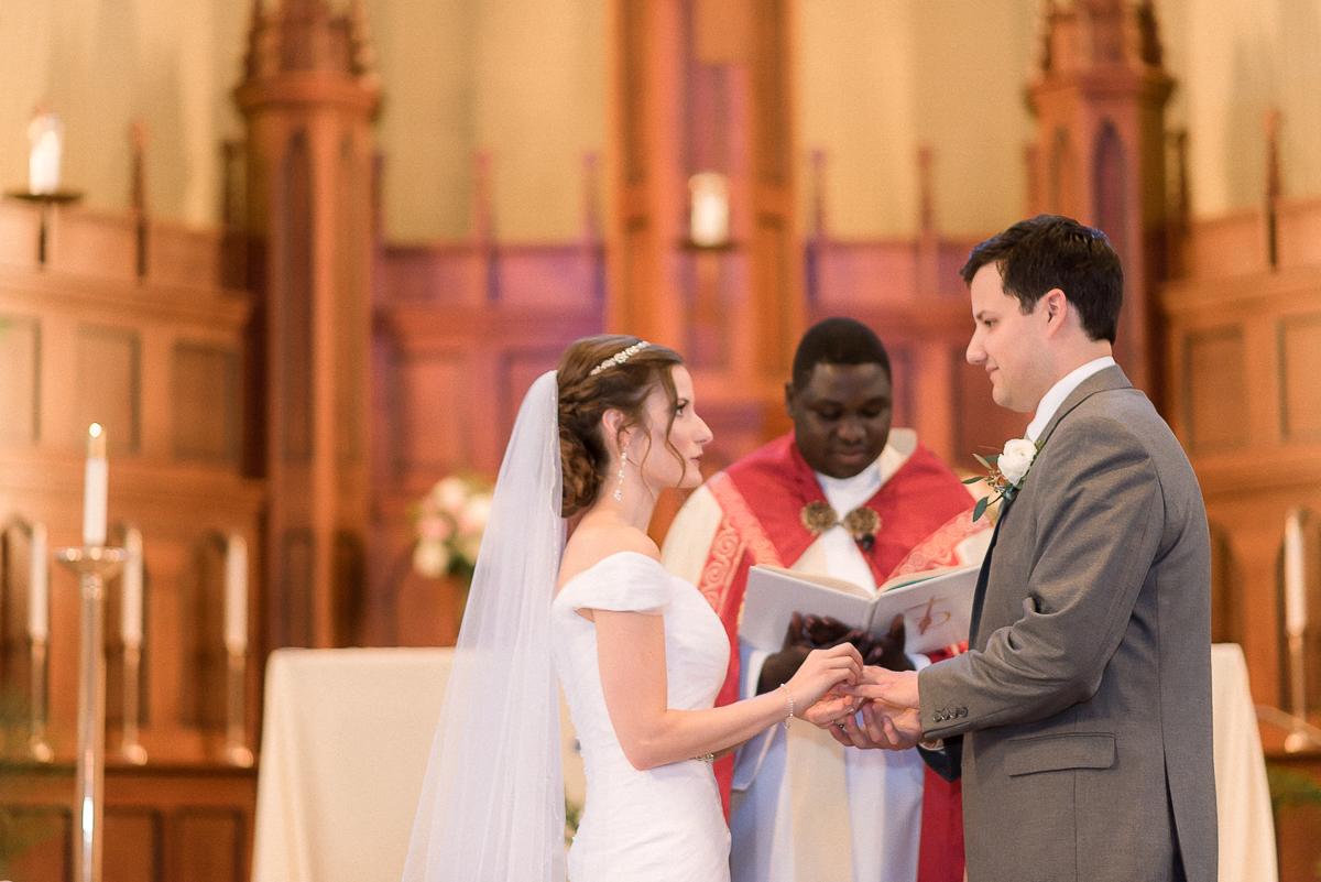 MD-Baltimore-Wedding-Accelerator-Space-Greenery-20.jpg