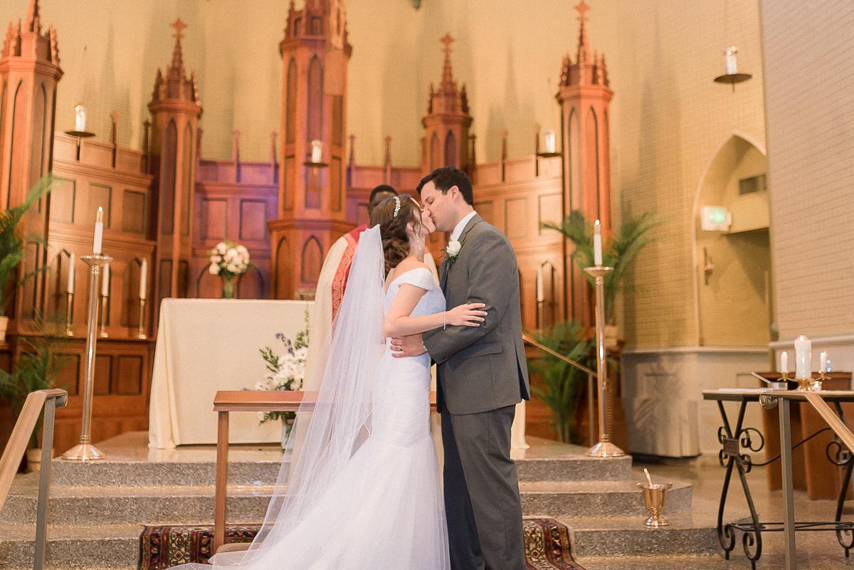 MD-Baltimore-Wedding-Accelerator-Space-Greenery-22.jpg