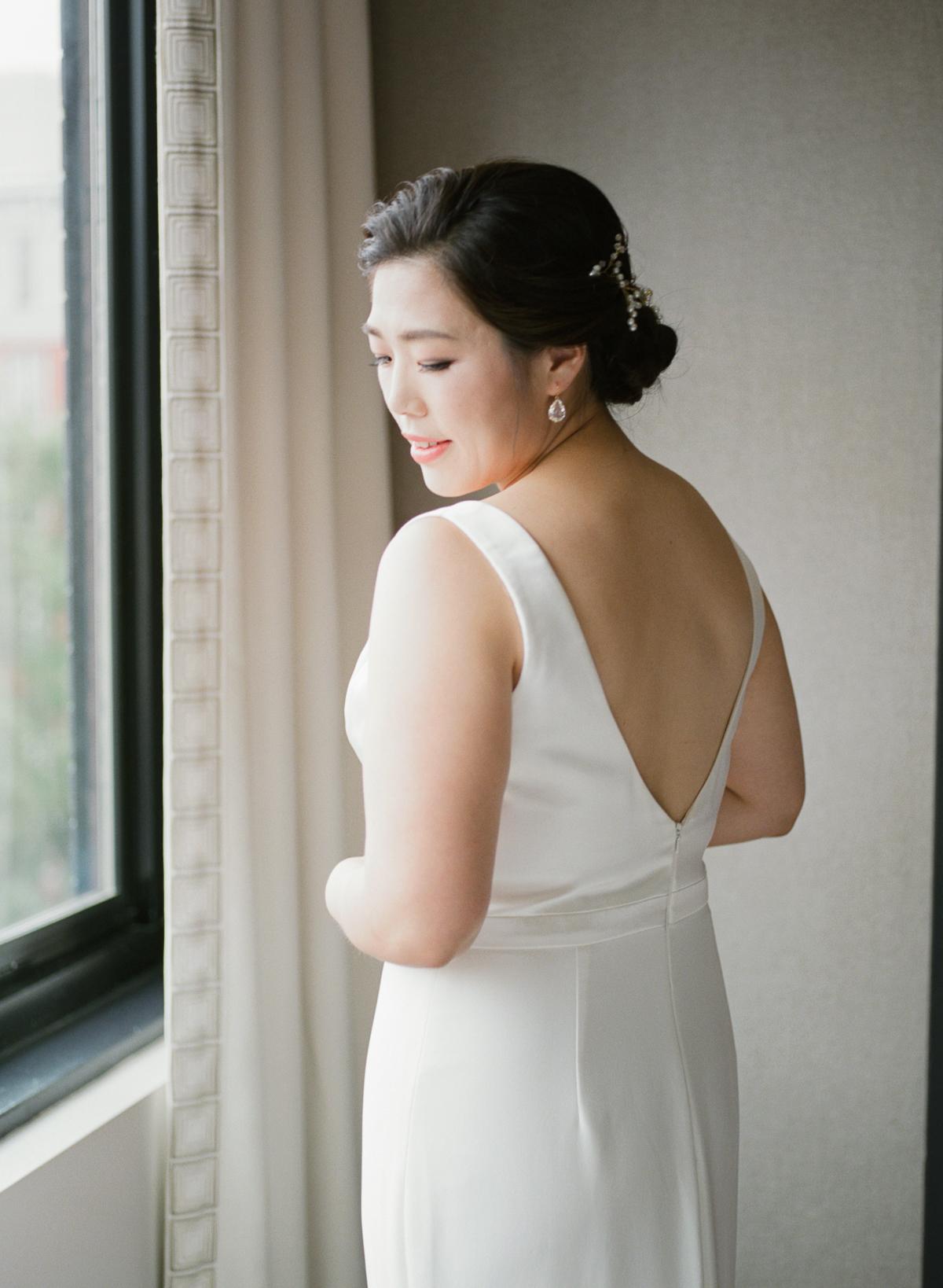 DC-Fall-Wedding-Fathom-Gallery-Bride-Details-2.jpg
