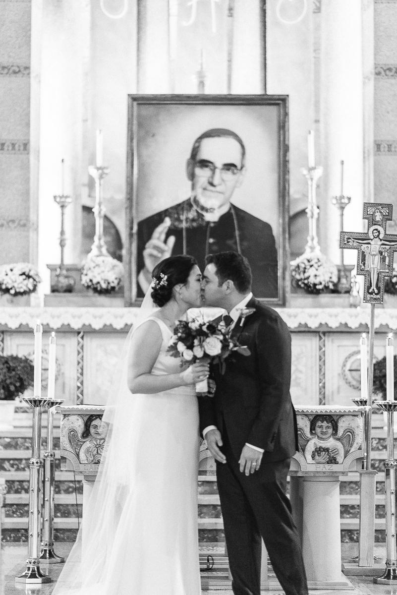 DC-Fall-Wedding-Fathom-Gallery-Bride-Details-30.jpg