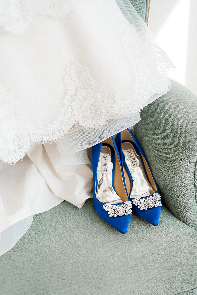 MD-Walkers-Overlook-Wedding-Bride-Get-Ready-12.jpg
