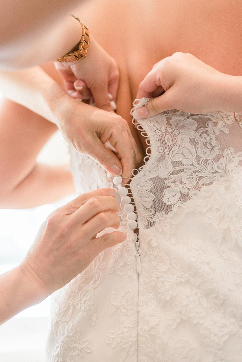 MD-Walkers-Overlook-Wedding-Bride-Get-Ready-19.jpg