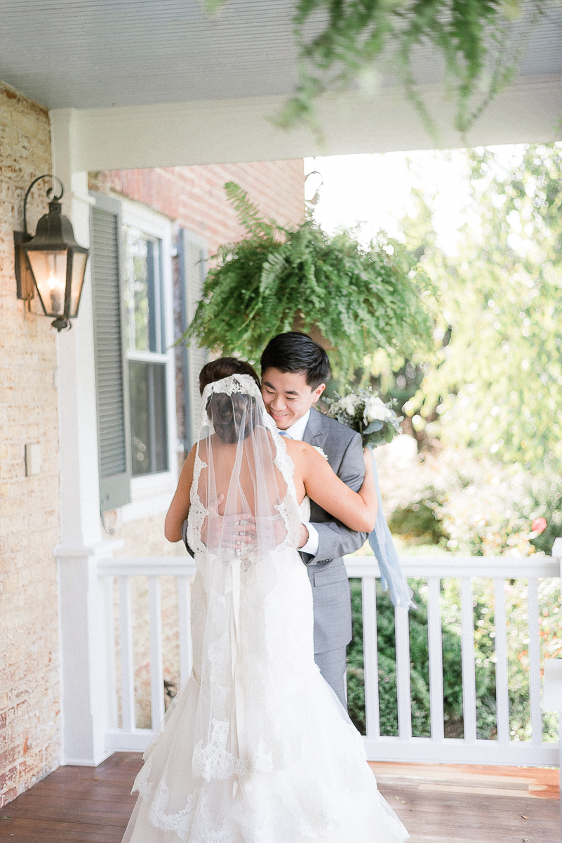 MD-Walkers-Overlook-Wedding-Bride-Get-Ready-33.jpg