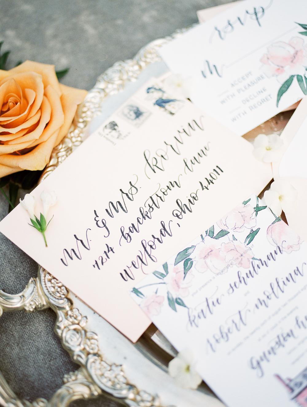 English-Estate-Garden-Wedding-Inspiration-1.jpg