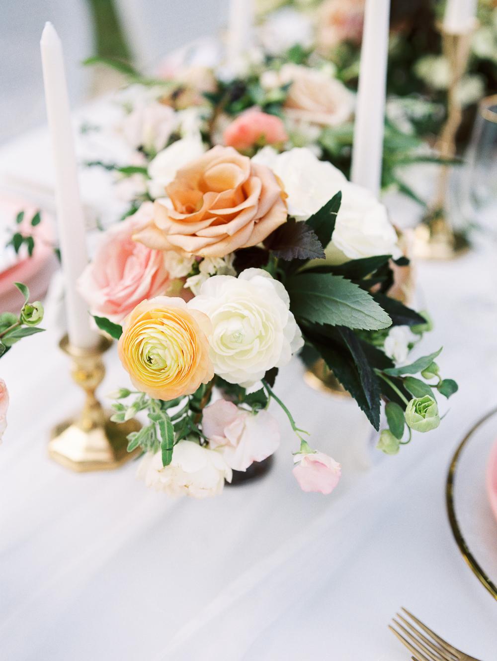 English-Estate-Garden-Wedding-Inspiration-8.jpg