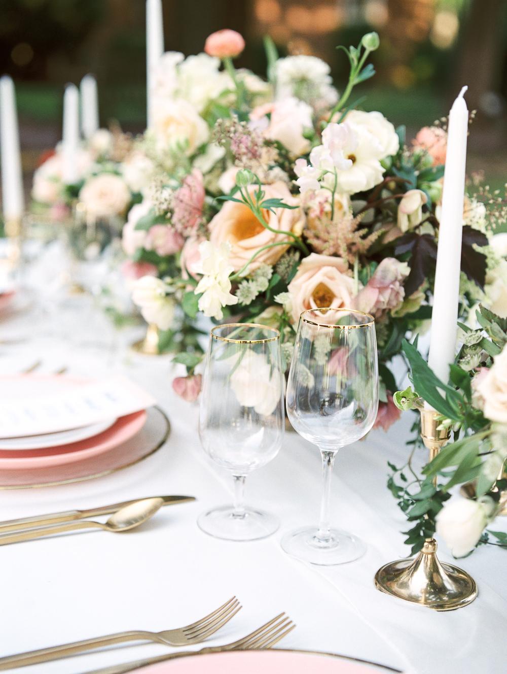 English-Estate-Garden-Wedding-Inspiration-11.jpg