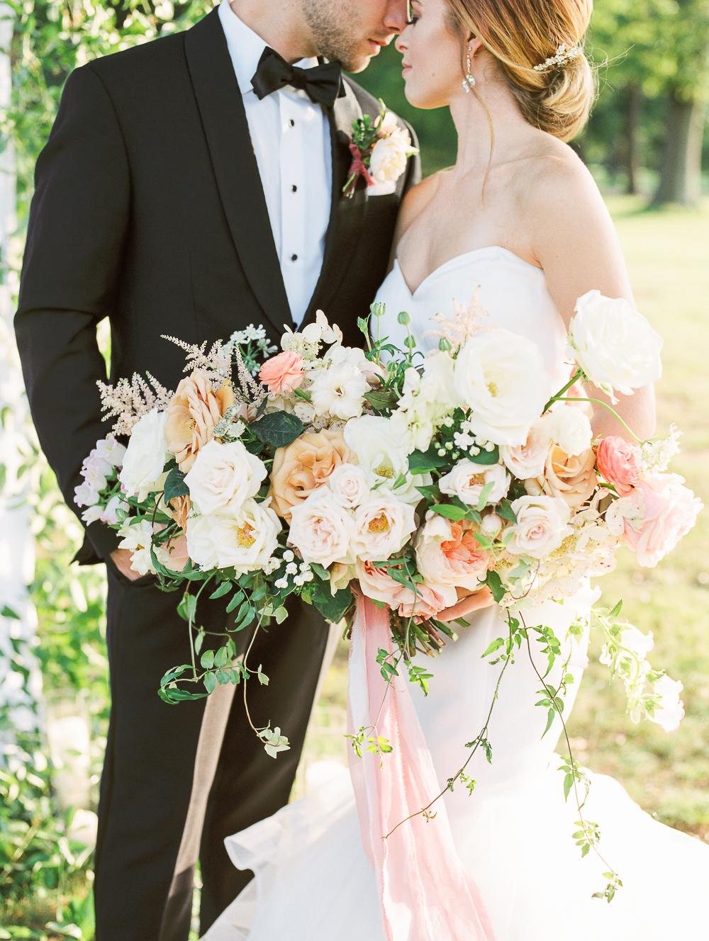 English-Estate-Garden-Wedding-Inspiration-15.jpg
