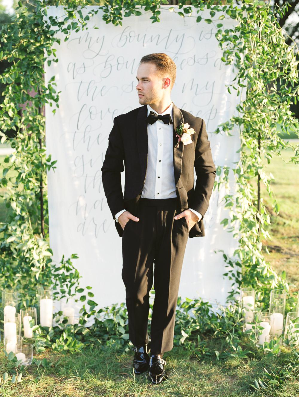 English-Estate-Garden-Wedding-Inspiration-27.jpg