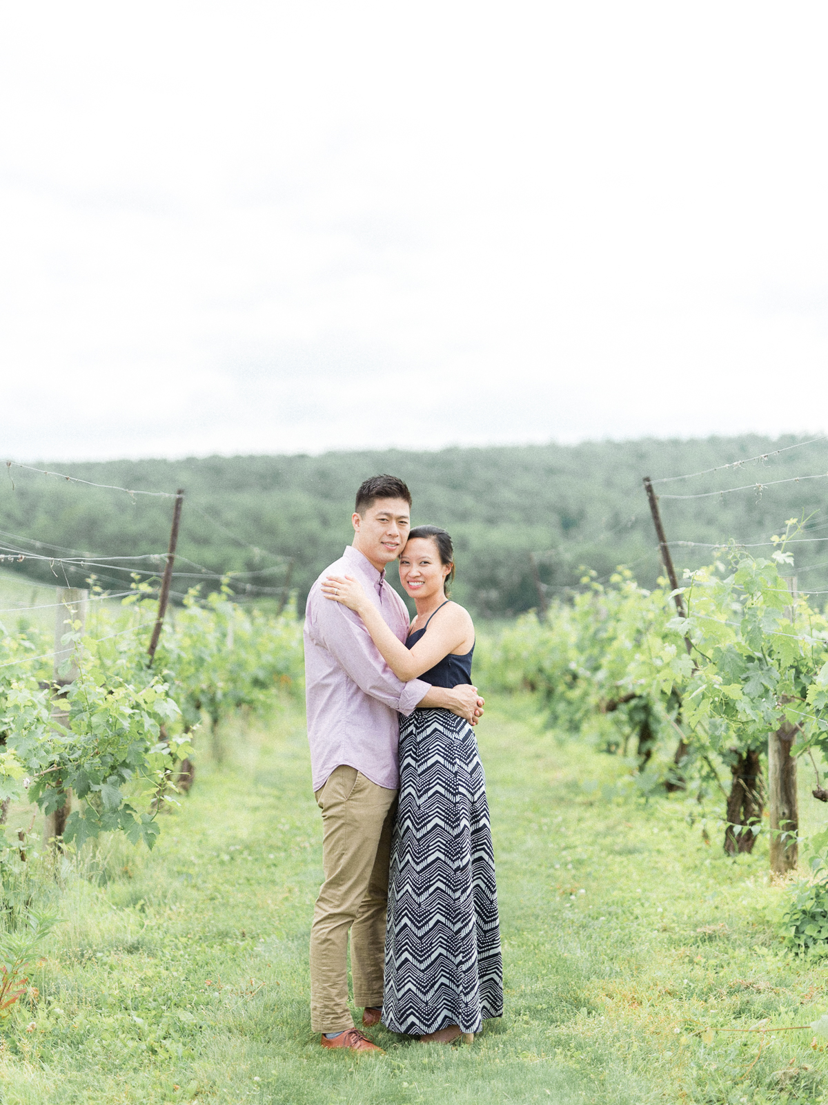 VA-Breaux-Vineyard-Summer-Engagement-8.jpg