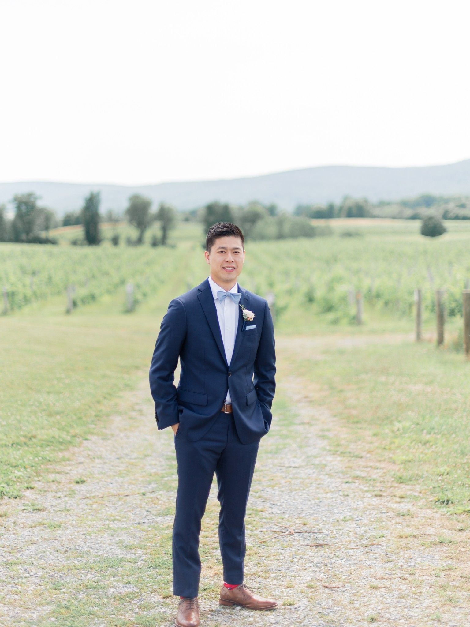 VA-Breaux-Vineyards-Summer-Wedding-Dusty-Blue-16.jpg
