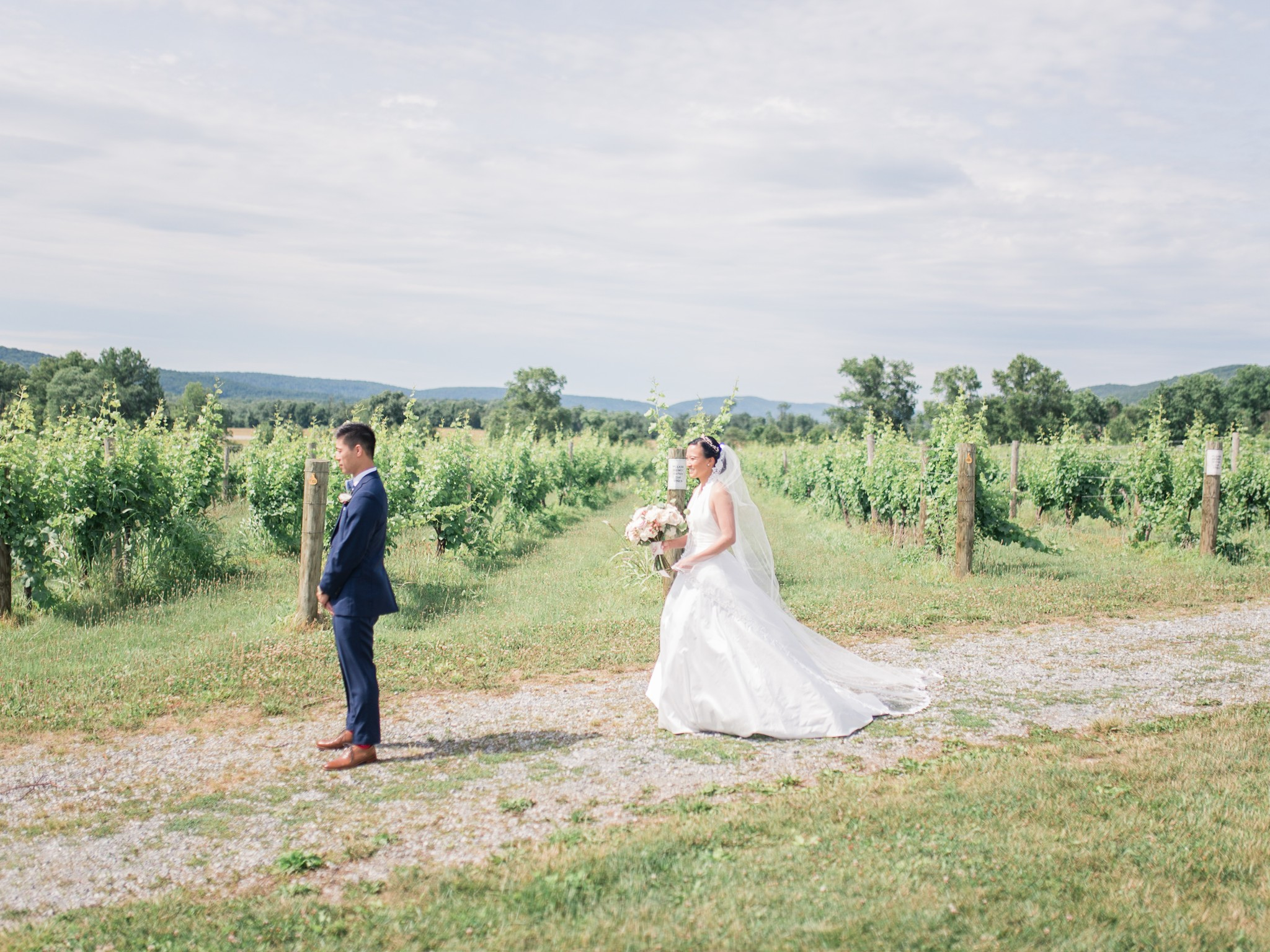 VA-Breaux-Vineyards-Summer-Wedding-Dusty-Blue-18.jpg